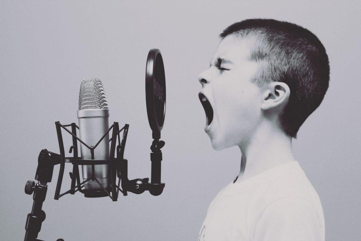 Eveniment. Crizele de furie şi traumele copiilor: cum le gestionăm?