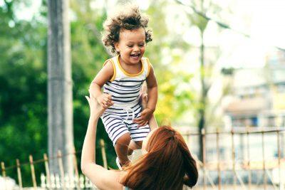 Dacă părinţii sunt fericiţi, copiii vor fi la fel