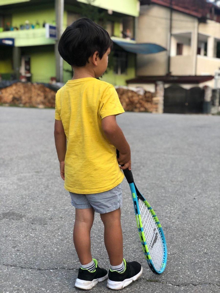 Copiii nu trebuie să ne împlinească nouă dorinţele şi visurile, ci să fim lângă ei când şi le găsesc pe ale lor