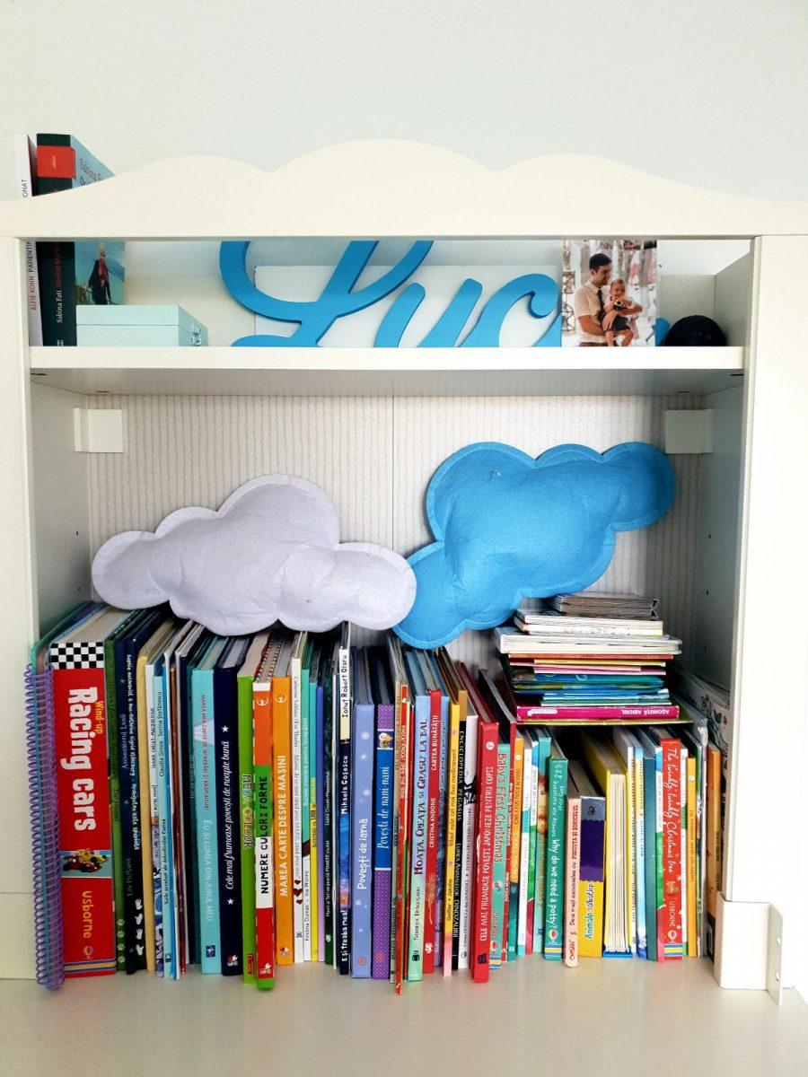Peste 20 de cărţi pentru copii, scrise de autori români