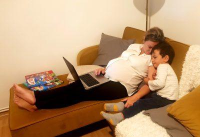 Nimeni nu poate alina un plânset de copil cum o face o mamă